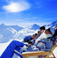 Enjoy skiing, relaxing and the wonderful atmosphere with us at Cervosa...