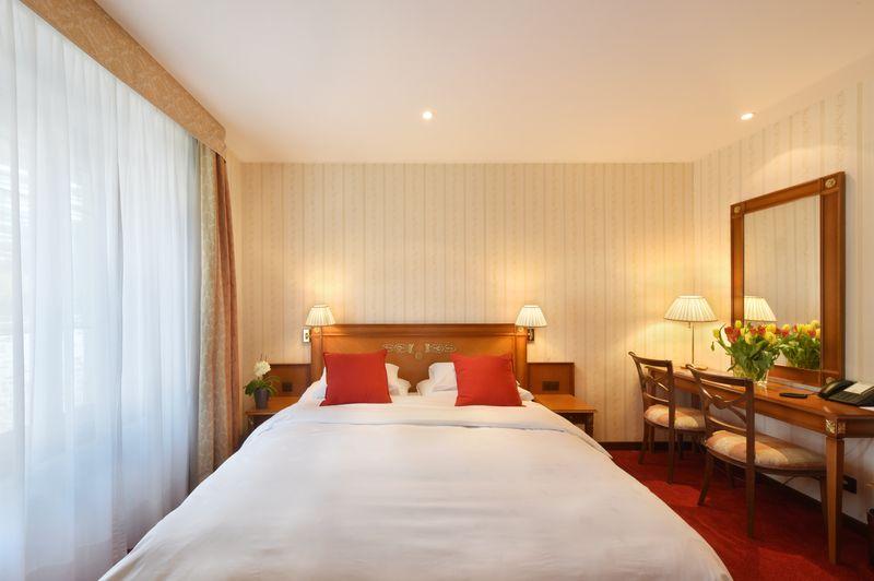 Chambre double standard - Golf Hotel René Capt Montreux