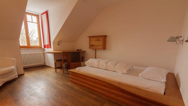Einzelzimmer (baubiologisch renoviert)