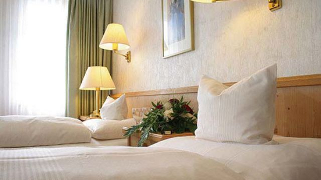 Gästehaus Standard Einzelzimmer inkl. Frühstück