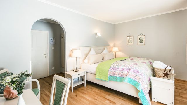 Naturally healthy double room with garden view