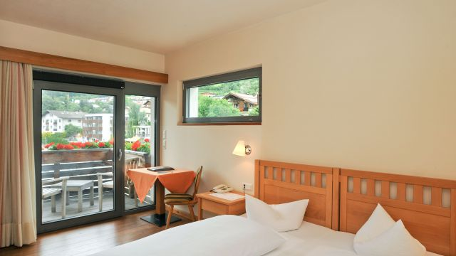 Double room mountain side