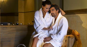 Romantic winter wellness days