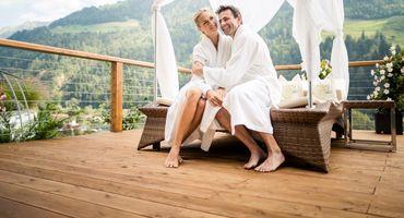 Honeymoon in paradise ...
