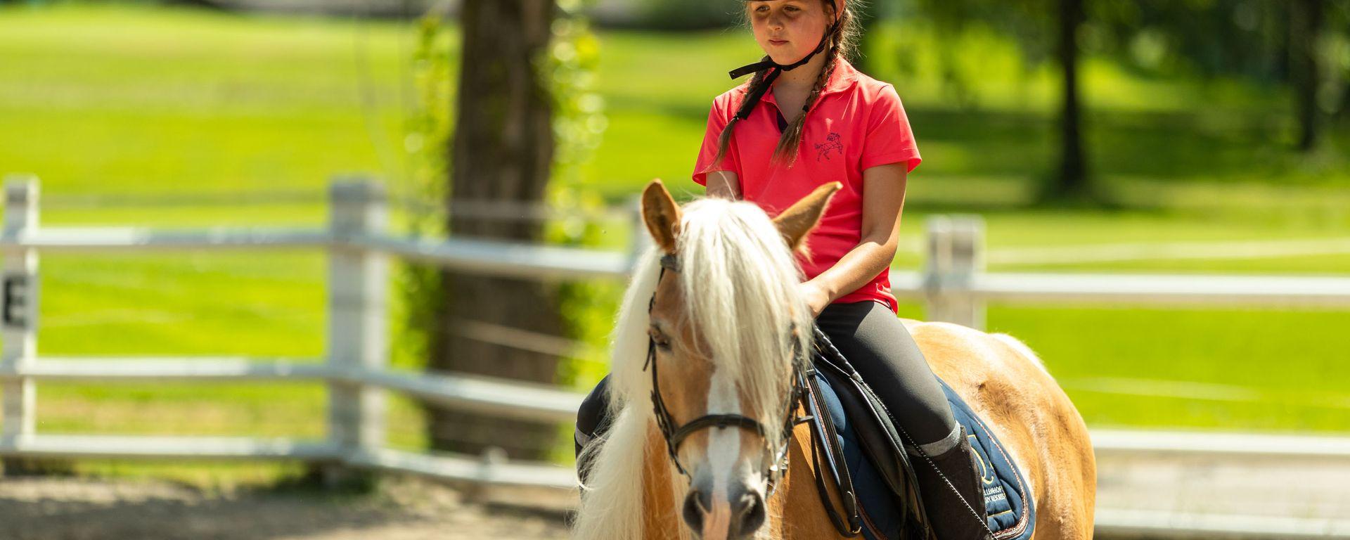 Quellenhof Sport und Familie-Farben-WEB-425-553.jpg