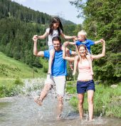 FamilienLIEBE  I  1 Kind kostenlos