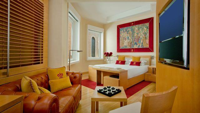 Richard Meier Executive Junior Suite