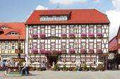 Hirsch- Jubiläum- 300 Jahre Hotel Weißer Hirsch ...  2017