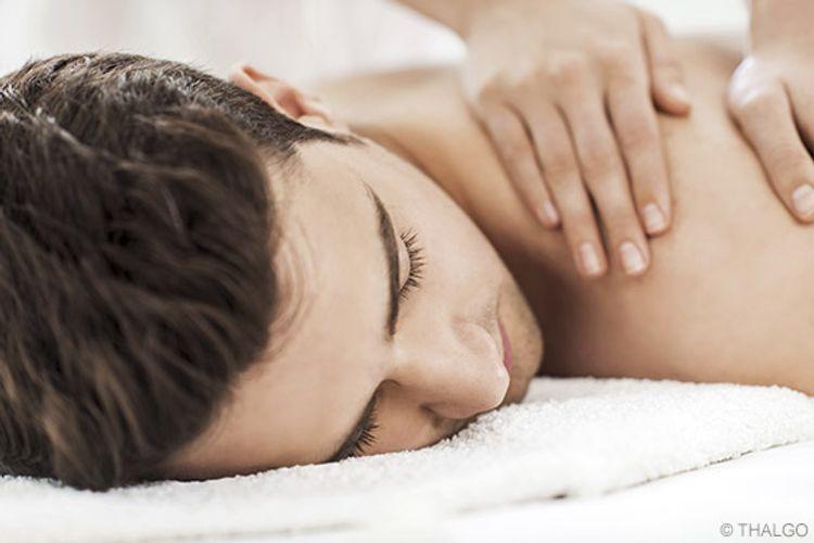 Rücken-Nackenmassage & heiße Rolle