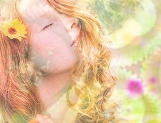 Detox-Gesichtsmaske mit natürlichem Anti-Aging-Fluid
