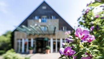 Landhotel Voshövel im Sommer